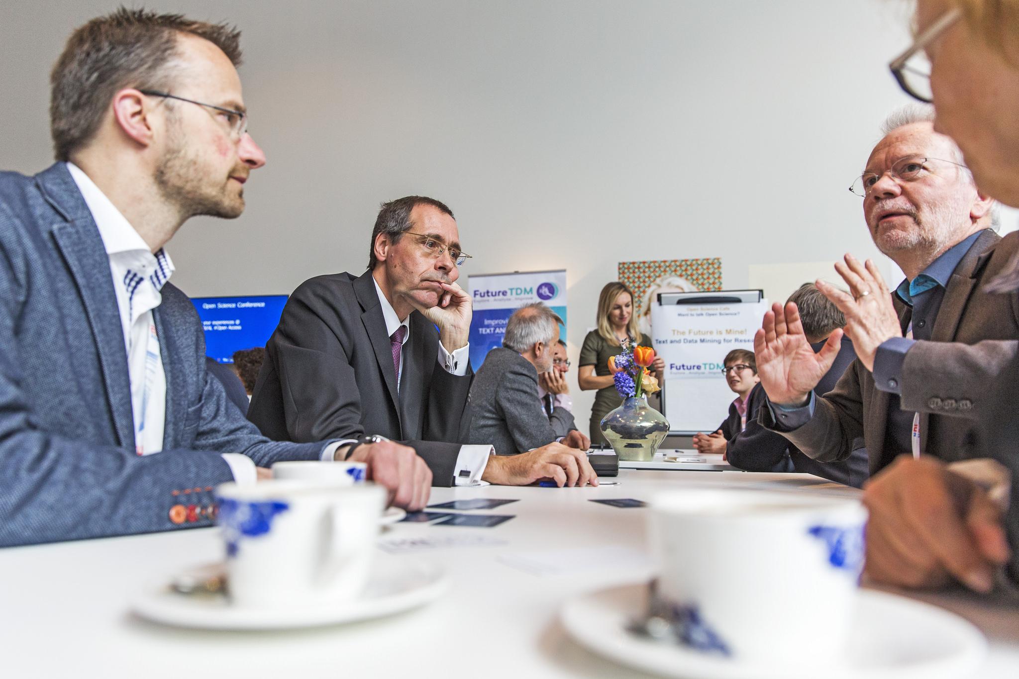 The FutureTDM Open Science Cafe. Image CC BY NL2016EU